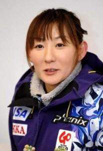 山田いずみ コーチ 画像